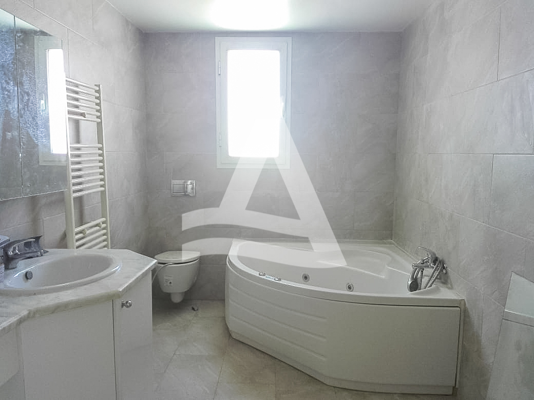 httpss3.amazonaws.comlogimoawsImmobilier_La_marsa_-_arcane_immobiliere_-_location_appartement_vue_mer_1_sur_18_1556192532212