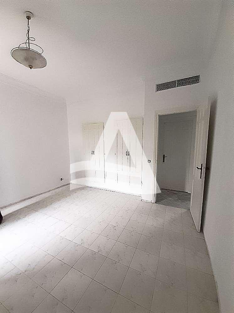 httpss3.amazonaws.comlogimoaws_Arcane_immobilière_la_Marsa-_location_-_vente_la_marsa_1_sur_9_1573491136004