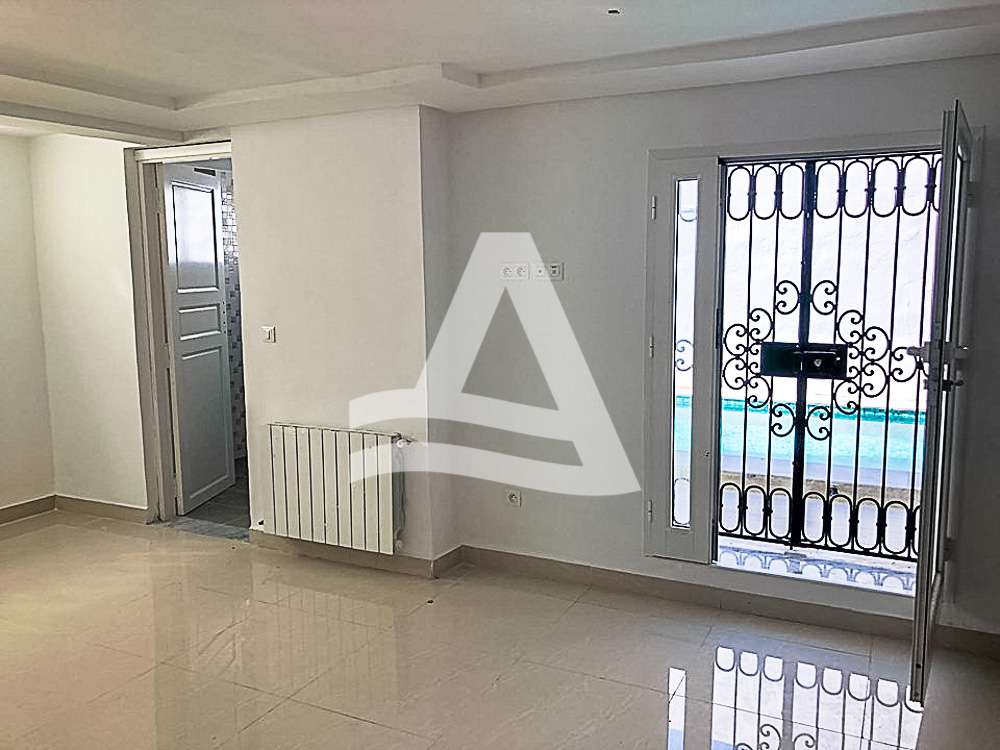 httpss3.amazonaws.comlogimoaws_Arcane_immobilière_la_Marsa-_location_-_vente_la_marsa_6_sur_11_1568364259616
