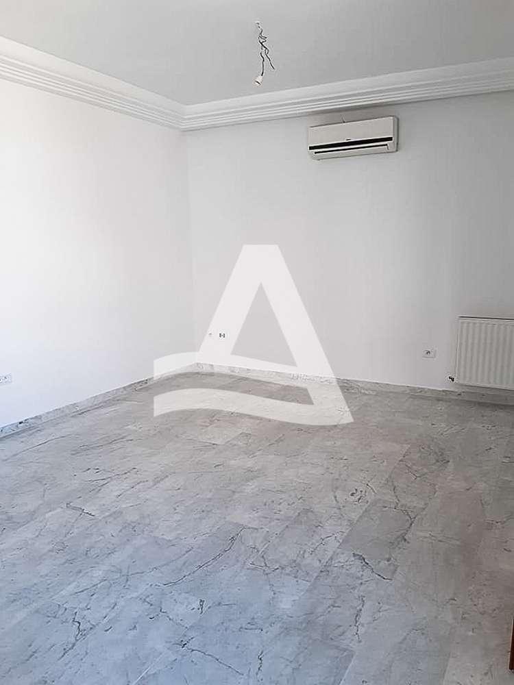 httpss3.amazonaws.comlogimoaws_Arcane_immobilière_la_Marsa-_location_-_vente_la_marsa_9_sur_11_1569320777786