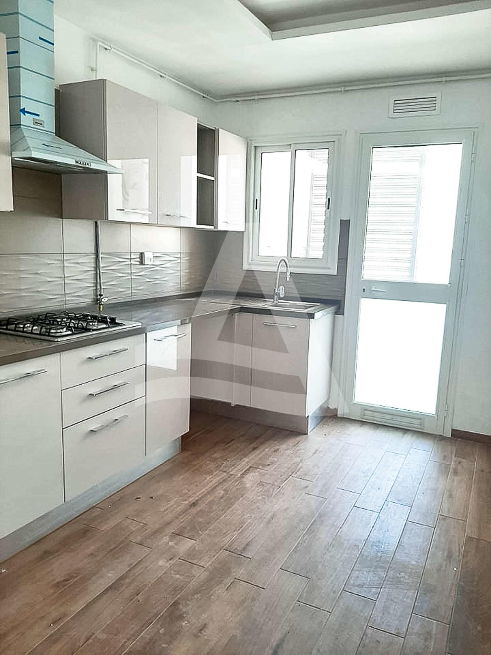 httpss3.amazonaws.comlogimoaws16689503191599491837_Arcane_immobilière_la_Marsa-_location_-_vente_la_marsa__-3