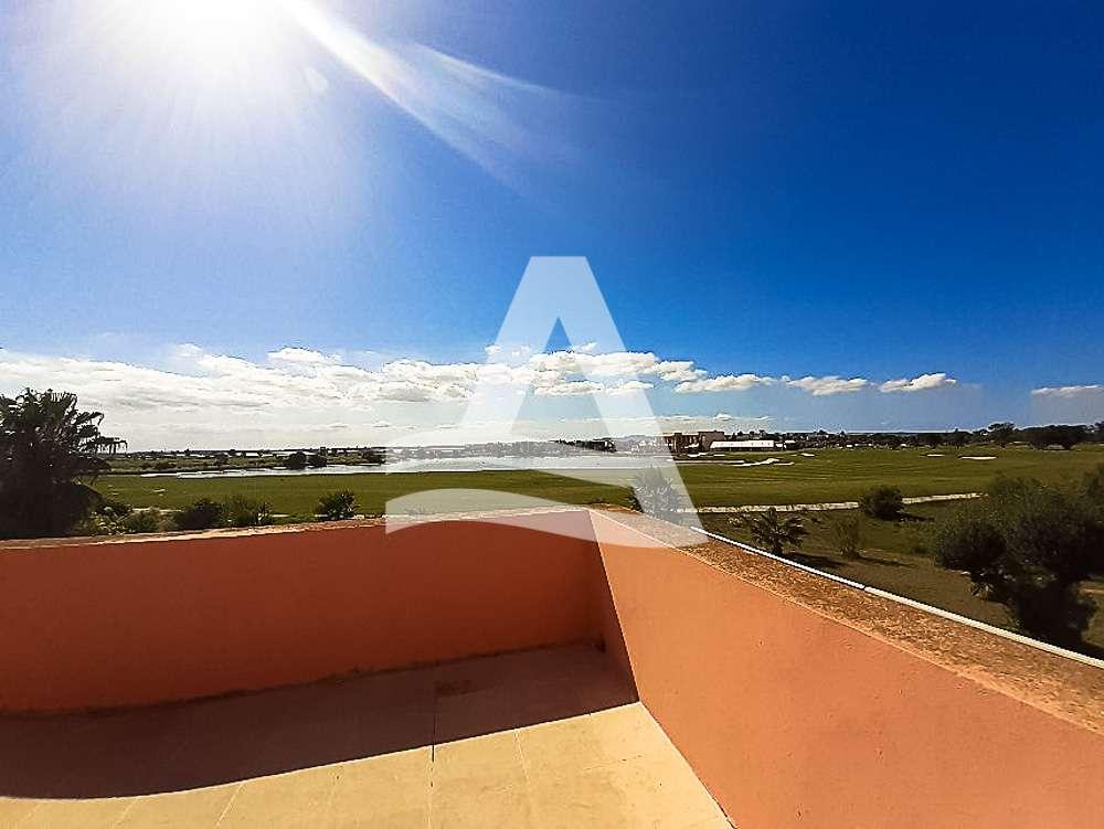 httpss3.amazonaws.comlogimoaws_Arcane_immobilière_la_Marsa-_location_-_vente_la_marsa_16_sur_19_1570871859985