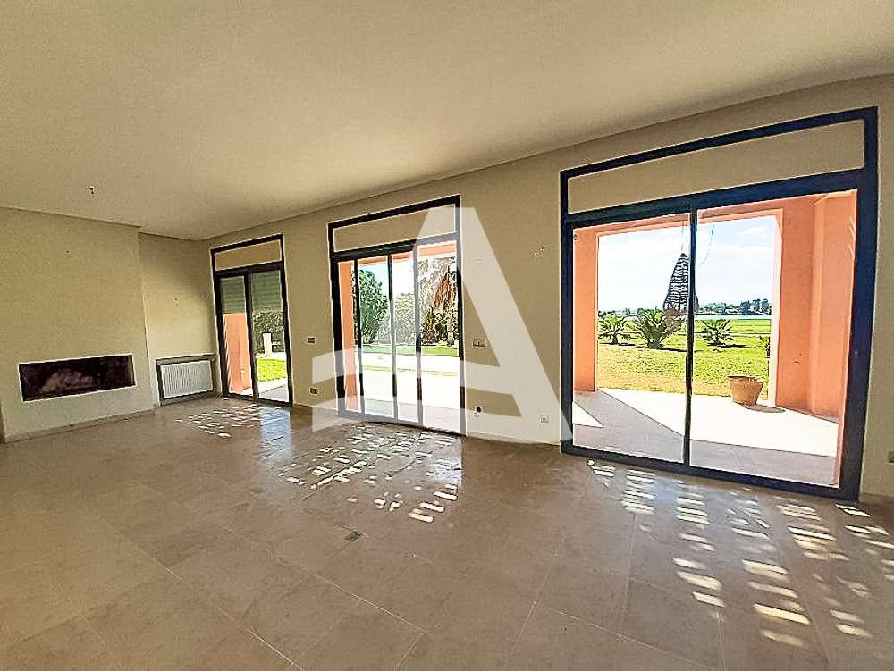 httpss3.amazonaws.comlogimoaws_Arcane_immobilière_la_Marsa-_location_-_vente_la_marsa_8_sur_19_1570871859945