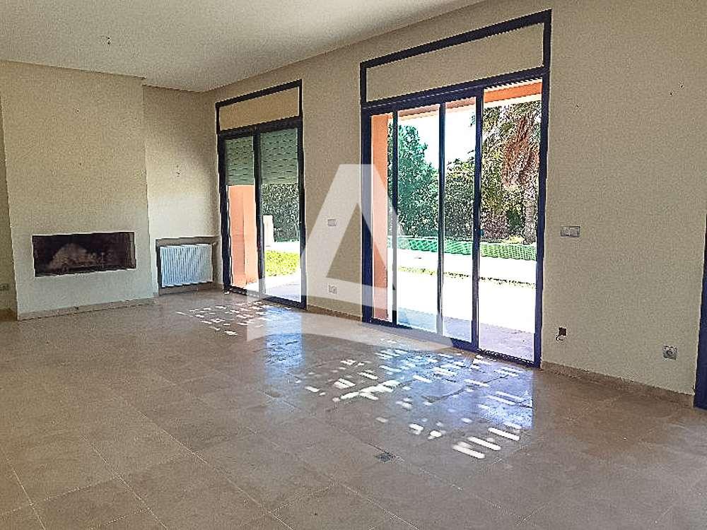 httpss3.amazonaws.comlogimoaws_Arcane_immobilière_la_Marsa-_location_-_vente_la_marsa_9_sur_19_1570871859949