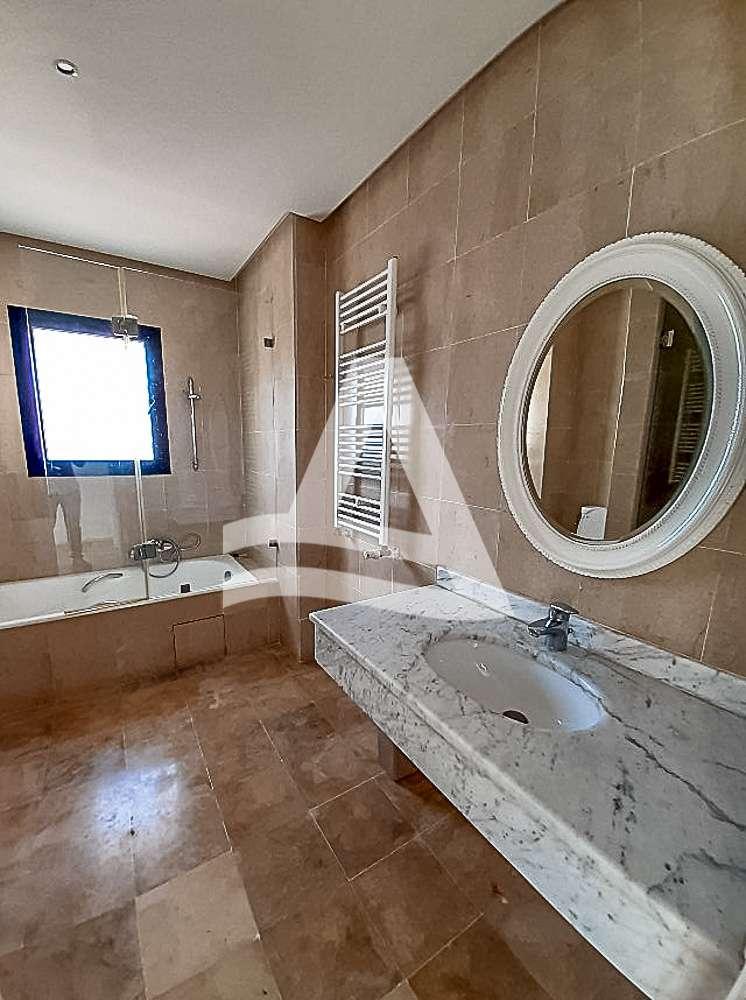 httpss3.amazonaws.comlogimoaws_Arcane_immobilière_la_Marsa-_location_-_vente_la_marsa_11_sur_15_1568384099391