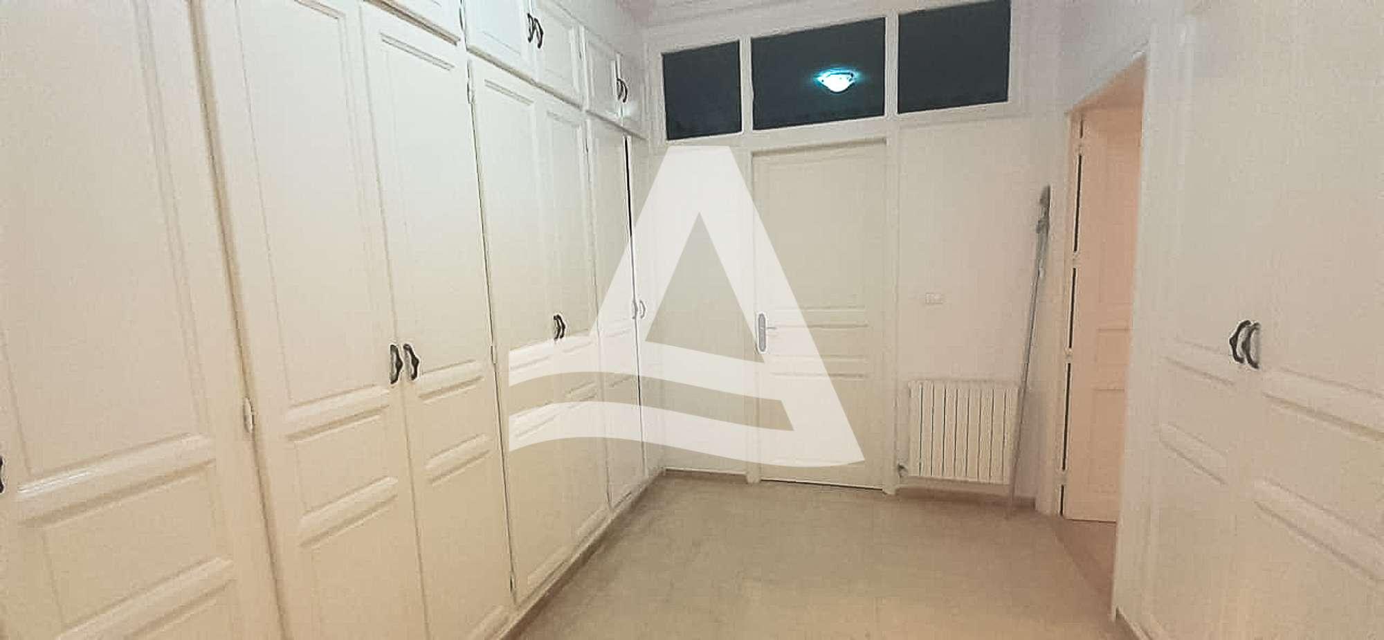 httpss3.amazonaws.comlogimoaws_Arcane_immobilière_la_Marsa-_location_-_vente_la_marsa__-15_1583429653037
