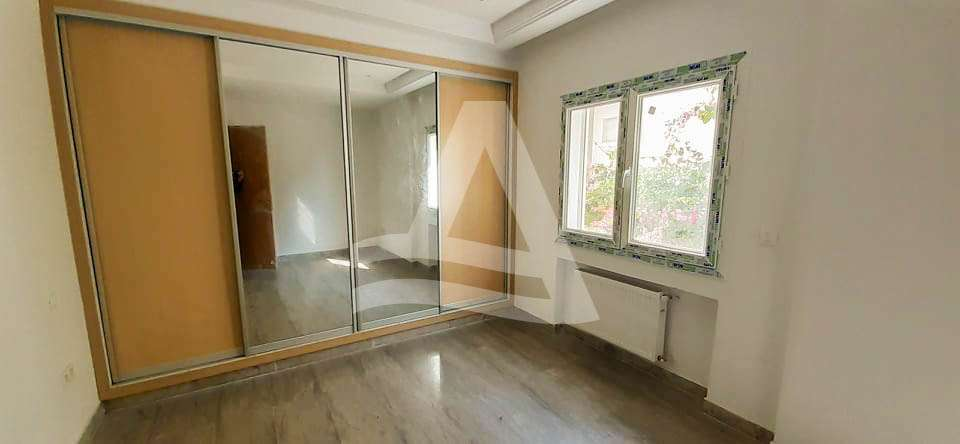 httpss3.amazonaws.comlogimoaws1707603021605802400Appartement_la_marsa_tunis_2_sur_9-1
