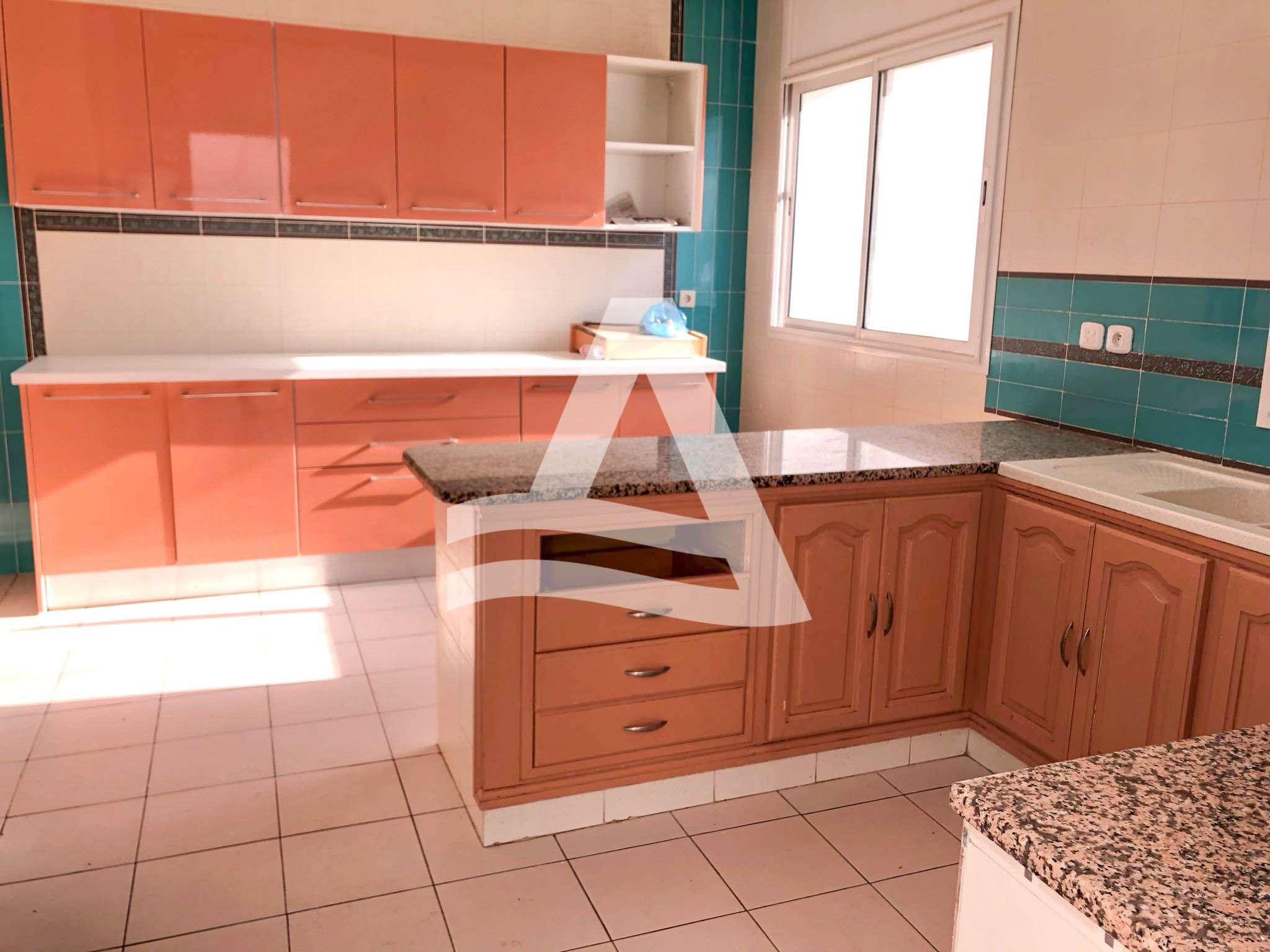 httpss3.amazonaws.comlogimoaws12123522641606832387appartement_jardin_de_carthage_6_sur_12