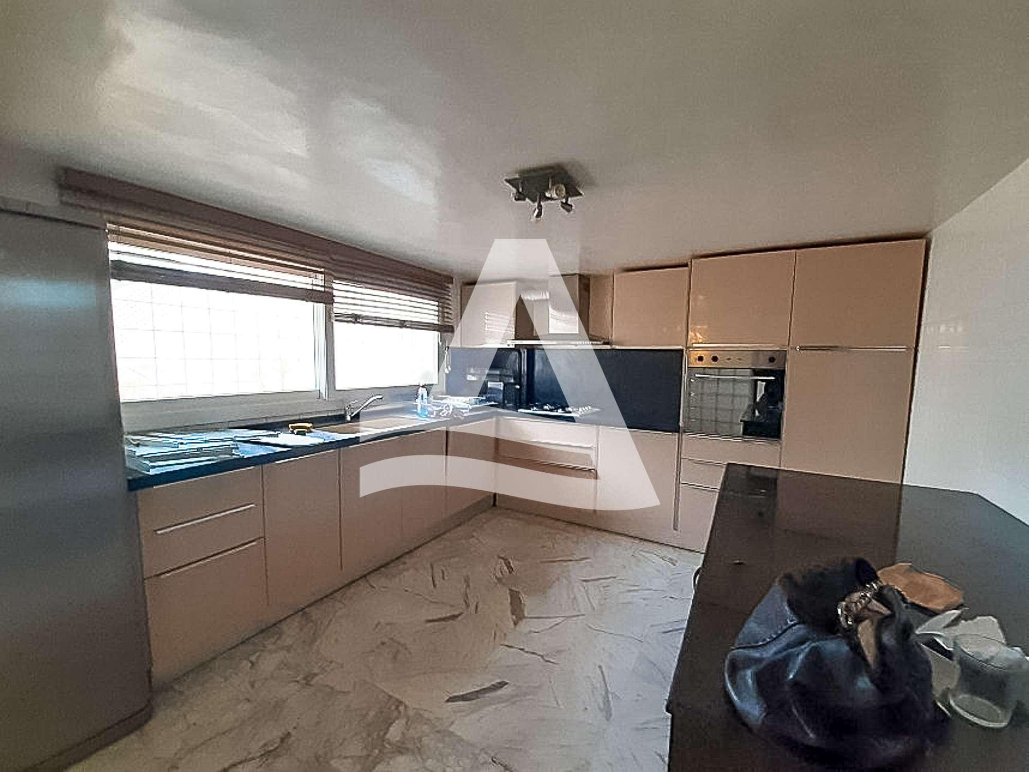 httpss3.amazonaws.comlogimoaws2265691811621933391_Arcane_immobilière_la_Marsa-_location_-_vente_la_marsa__-18_1578559453899-1
