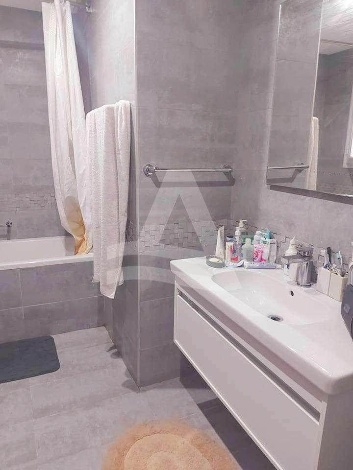 httpss3.amazonaws.comlogimoaws14375378181623318346appartement_a_louer_lac_2_7_sur_9-2